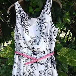 Jessica Howard dress white and black size 12